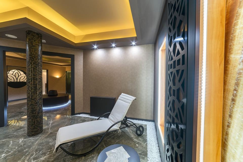 GOLD SPA - 3