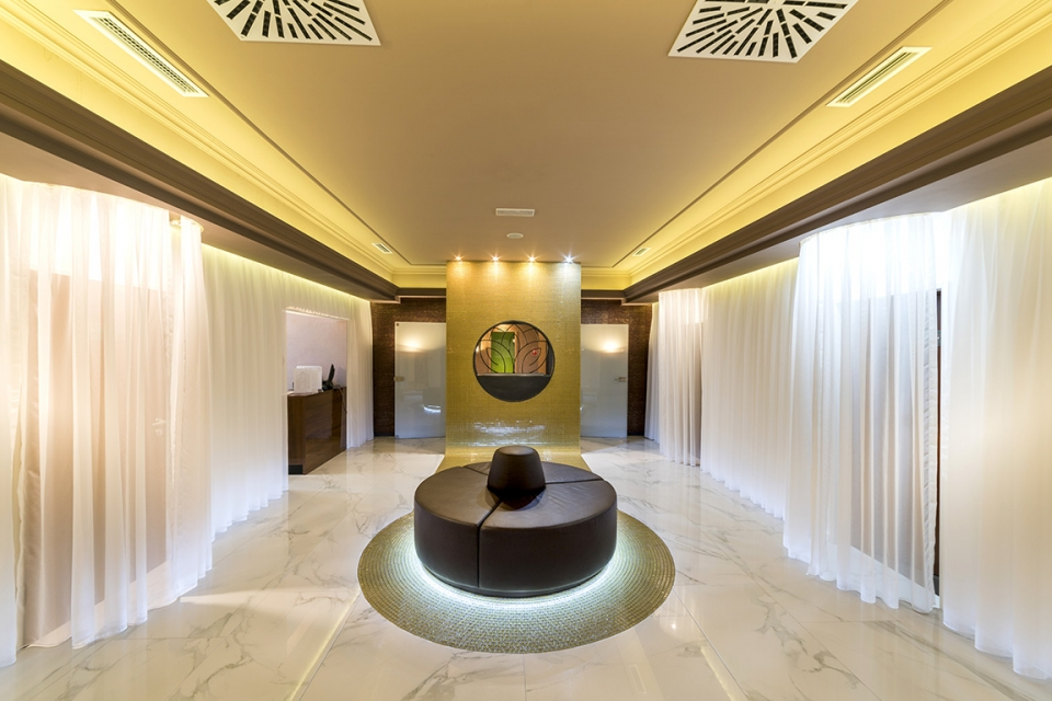 GOLD SPA - 5